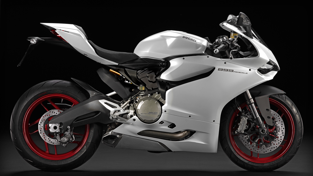 Color_SBK-899-Panigale_MY14_W_01_1067x600